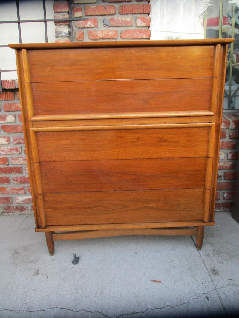 Cheap used dressers and dresser for Cheap dressers