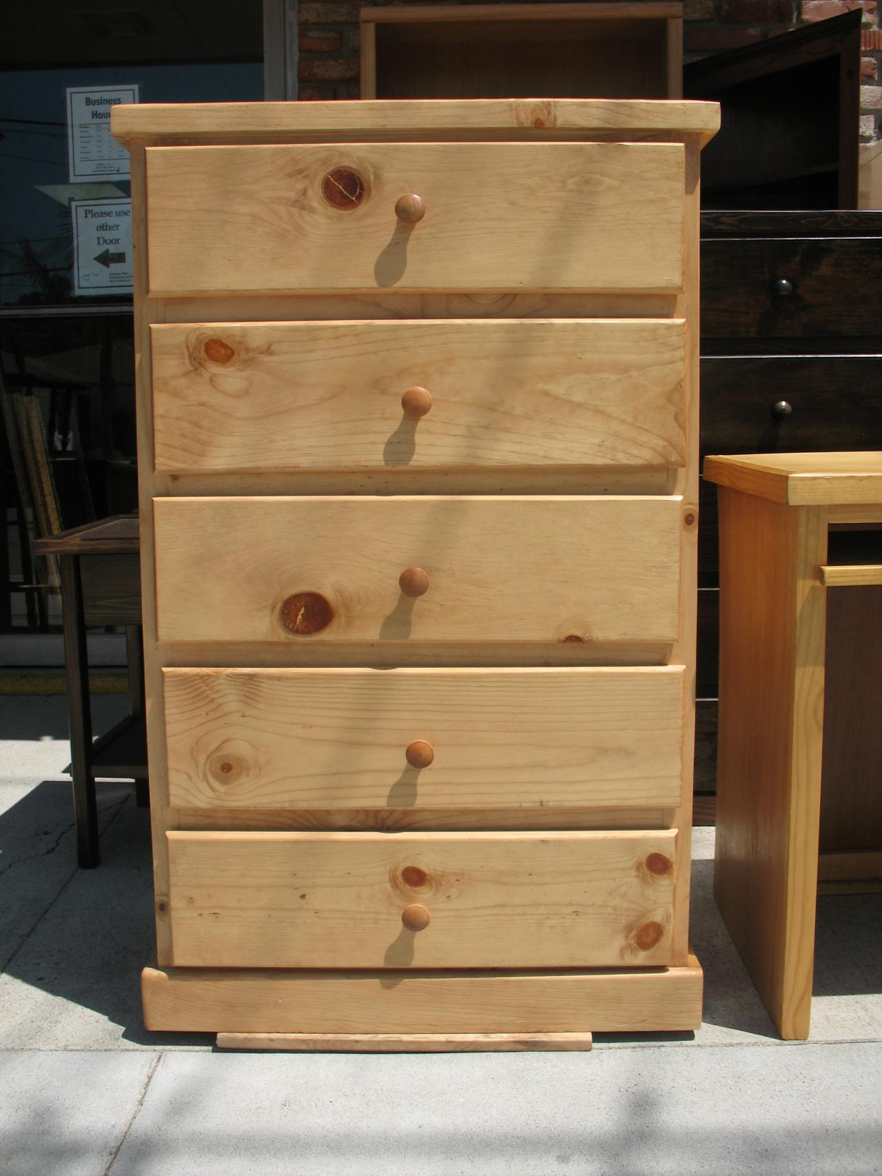 Pdf diy cheap 5 drawer dresser download children play - Pine wood furniture designs ...